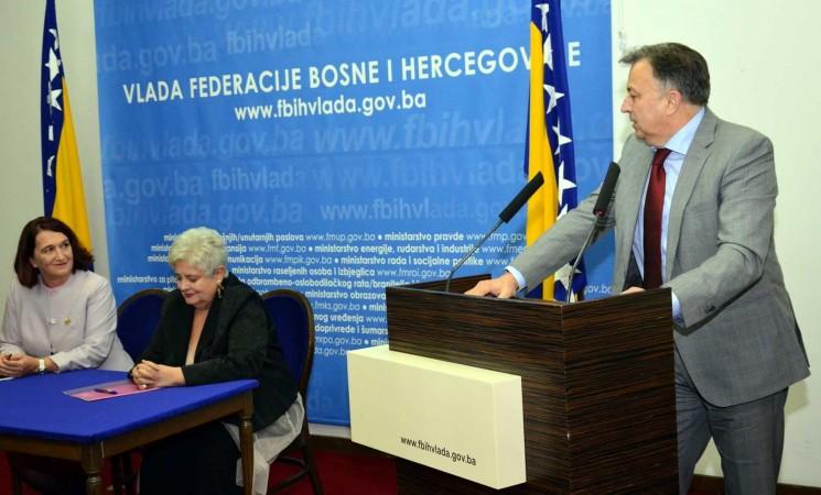 Potpisan Ugovor o dodjeli sredstava za ekonomsko osnaživanje žena